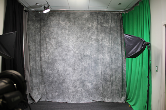 the-studio-screen-lights.png